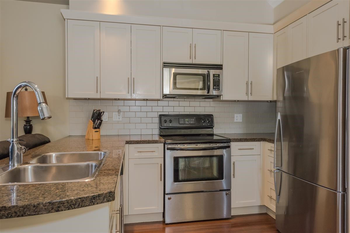 Townhouse at 2168 FRANKLIN STREET, Vancouver East, British Columbia. Image 3