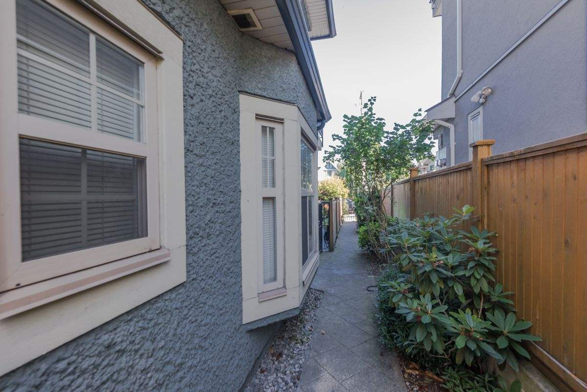 Townhouse at 2168 FRANKLIN STREET, Vancouver East, British Columbia. Image 17
