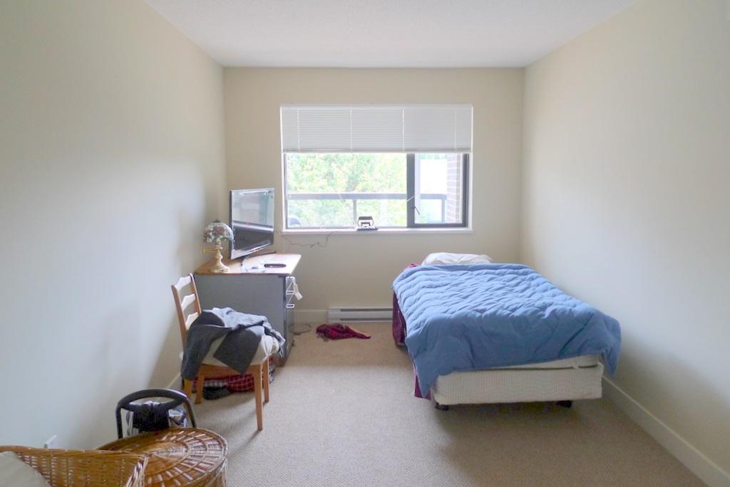 Condo Apartment at 352 10838 CITY PARKWAY, Unit 352, North Surrey, British Columbia. Image 7