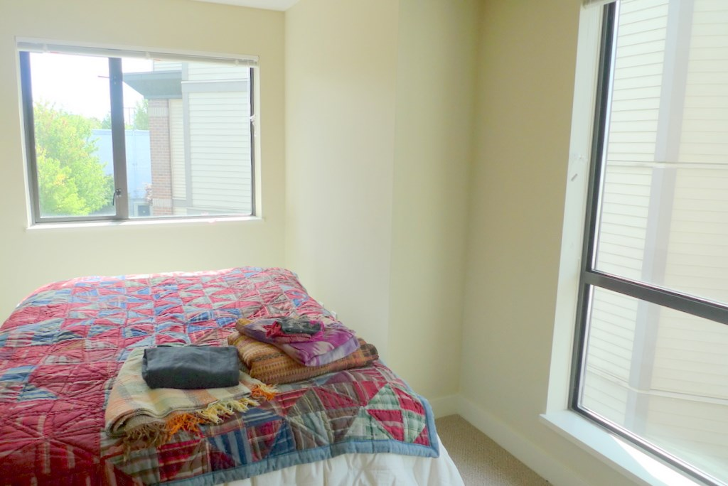 Condo Apartment at 352 10838 CITY PARKWAY, Unit 352, North Surrey, British Columbia. Image 14