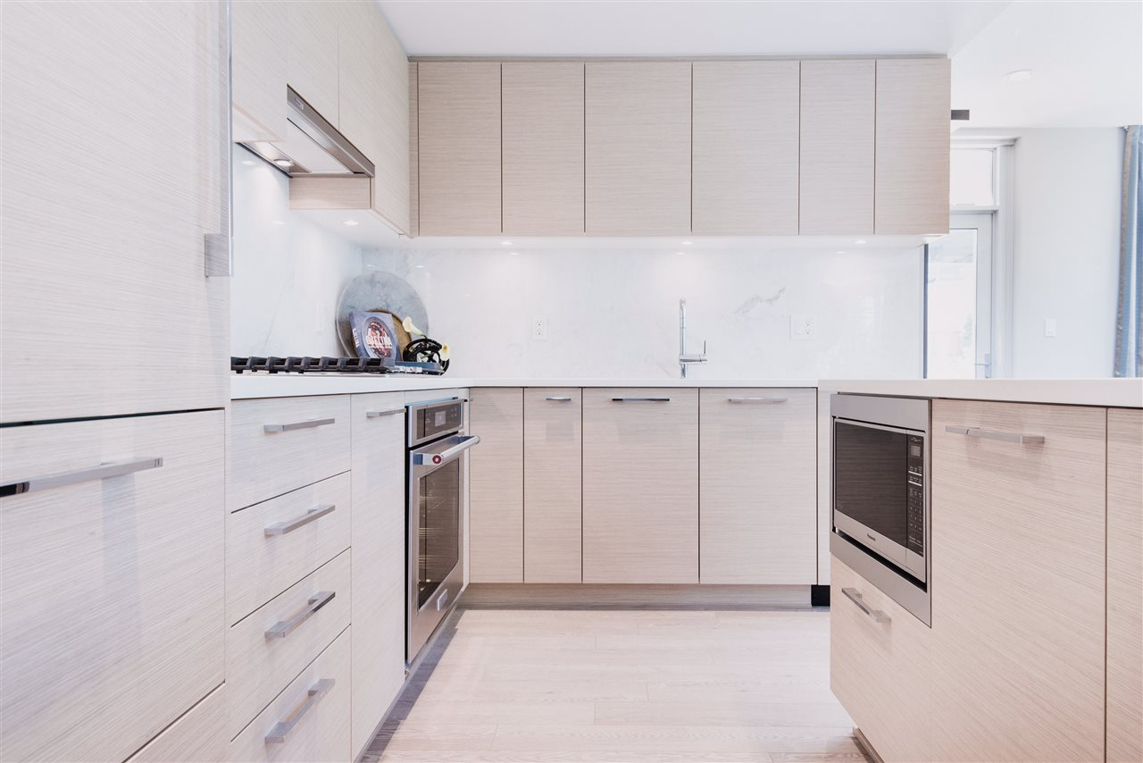 Townhouse at 103 6700 DUNBLANE AVENUE, Unit 103, Burnaby South, British Columbia. Image 12