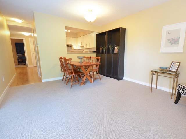 Condo Apartment at 226 8460 ACKROYD ROAD, Unit 226, Richmond, British Columbia. Image 4