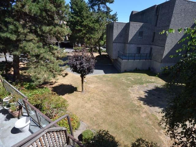 Condo Apartment at 226 8460 ACKROYD ROAD, Unit 226, Richmond, British Columbia. Image 15