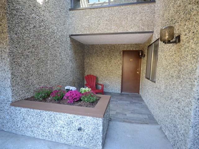 Condo Apartment at 226 8460 ACKROYD ROAD, Unit 226, Richmond, British Columbia. Image 17