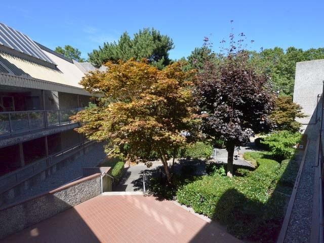 Condo Apartment at 226 8460 ACKROYD ROAD, Unit 226, Richmond, British Columbia. Image 20