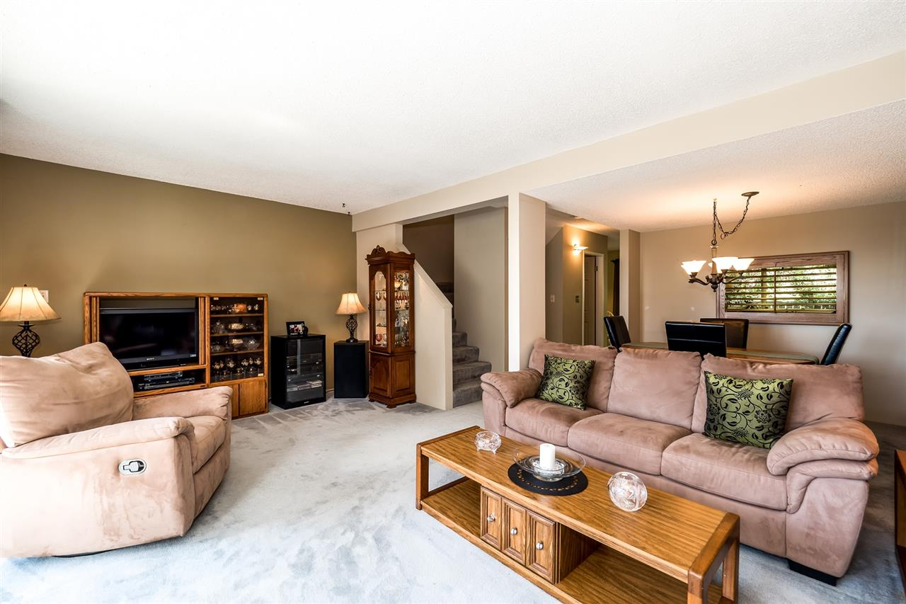 Townhouse at 1034 LILLOOET ROAD, North Vancouver, British Columbia. Image 3