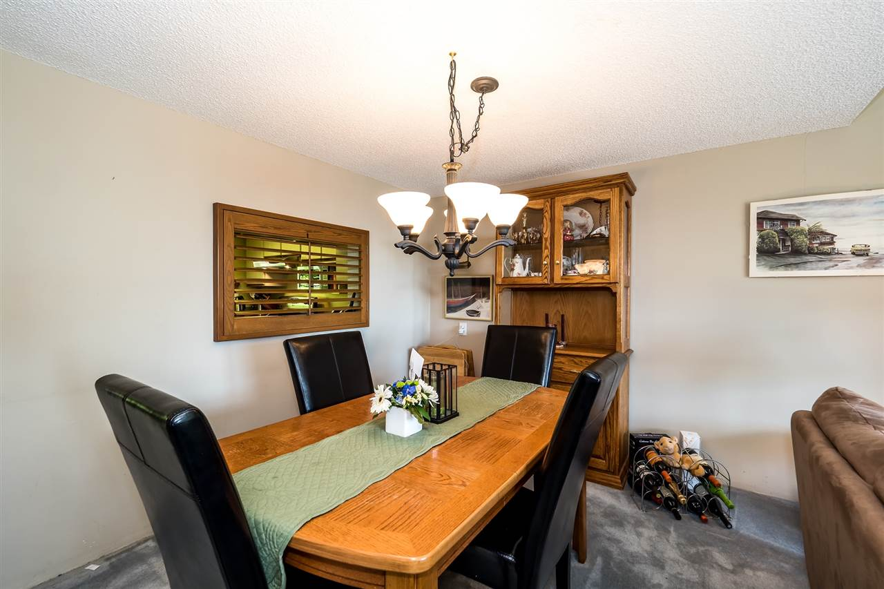 Townhouse at 1034 LILLOOET ROAD, North Vancouver, British Columbia. Image 6