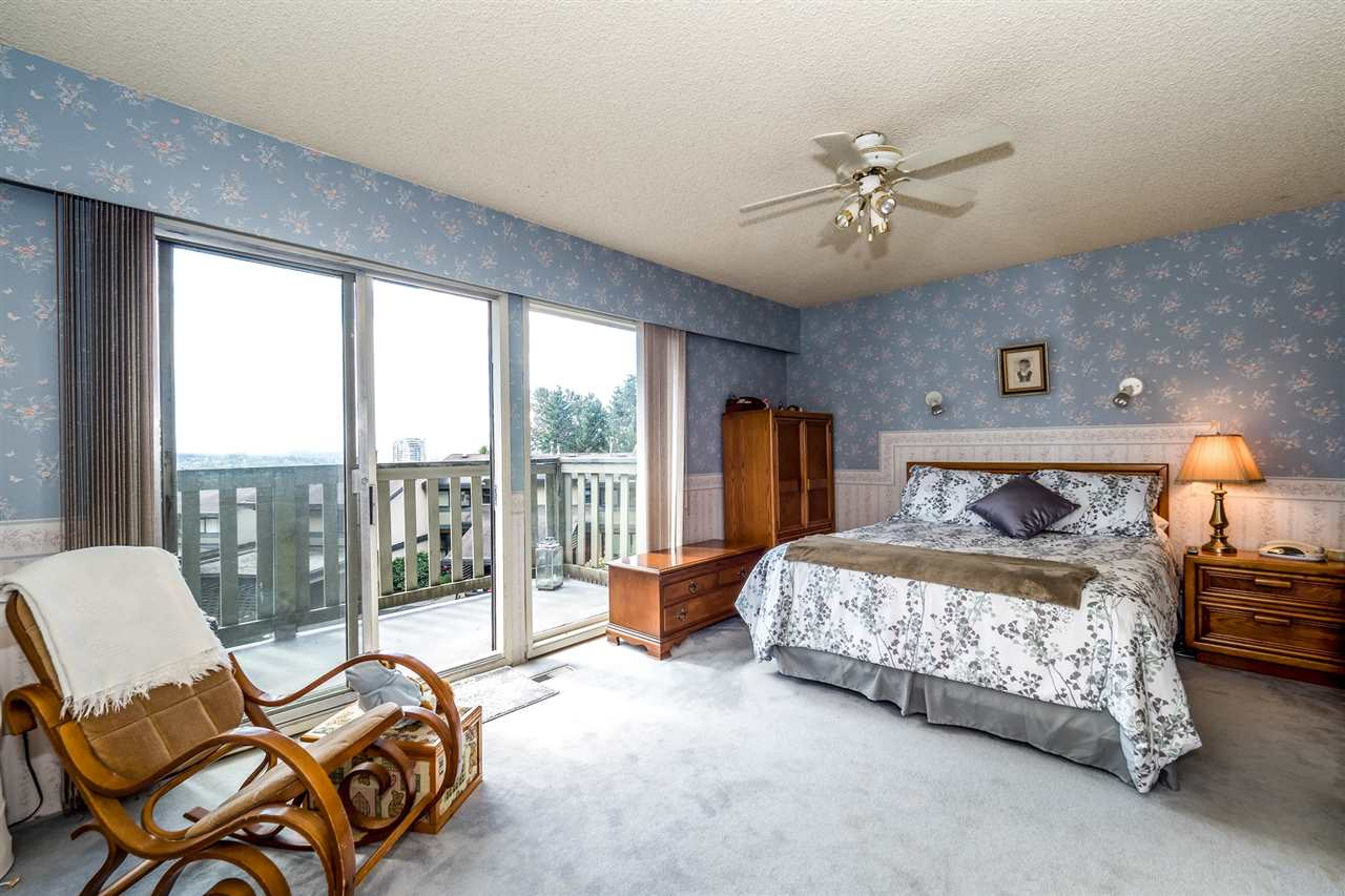 Townhouse at 1034 LILLOOET ROAD, North Vancouver, British Columbia. Image 10