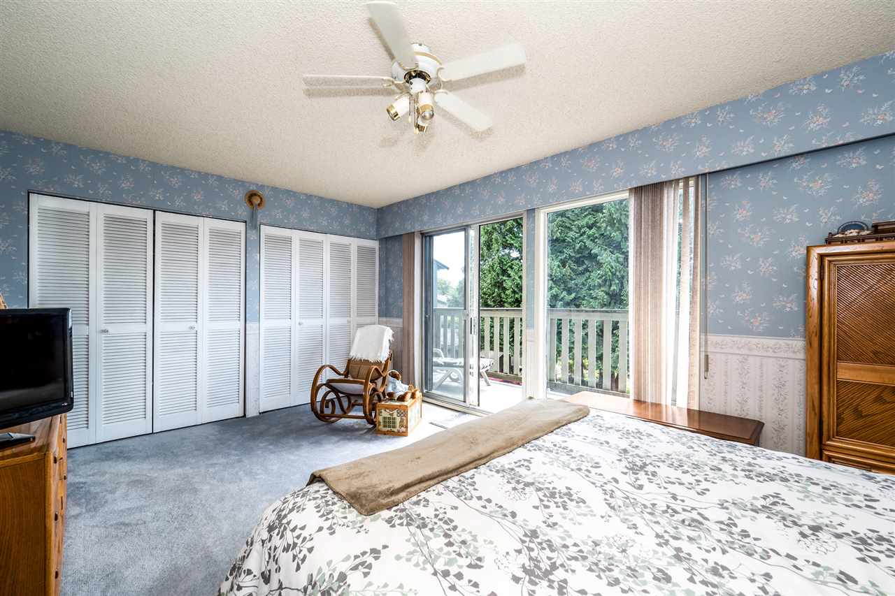 Townhouse at 1034 LILLOOET ROAD, North Vancouver, British Columbia. Image 11