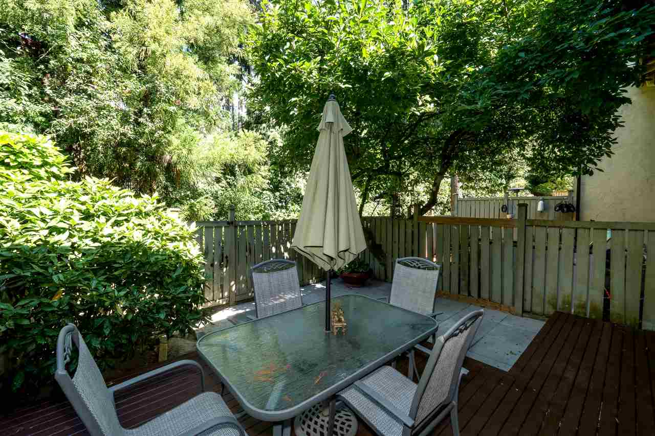 Townhouse at 1034 LILLOOET ROAD, North Vancouver, British Columbia. Image 18