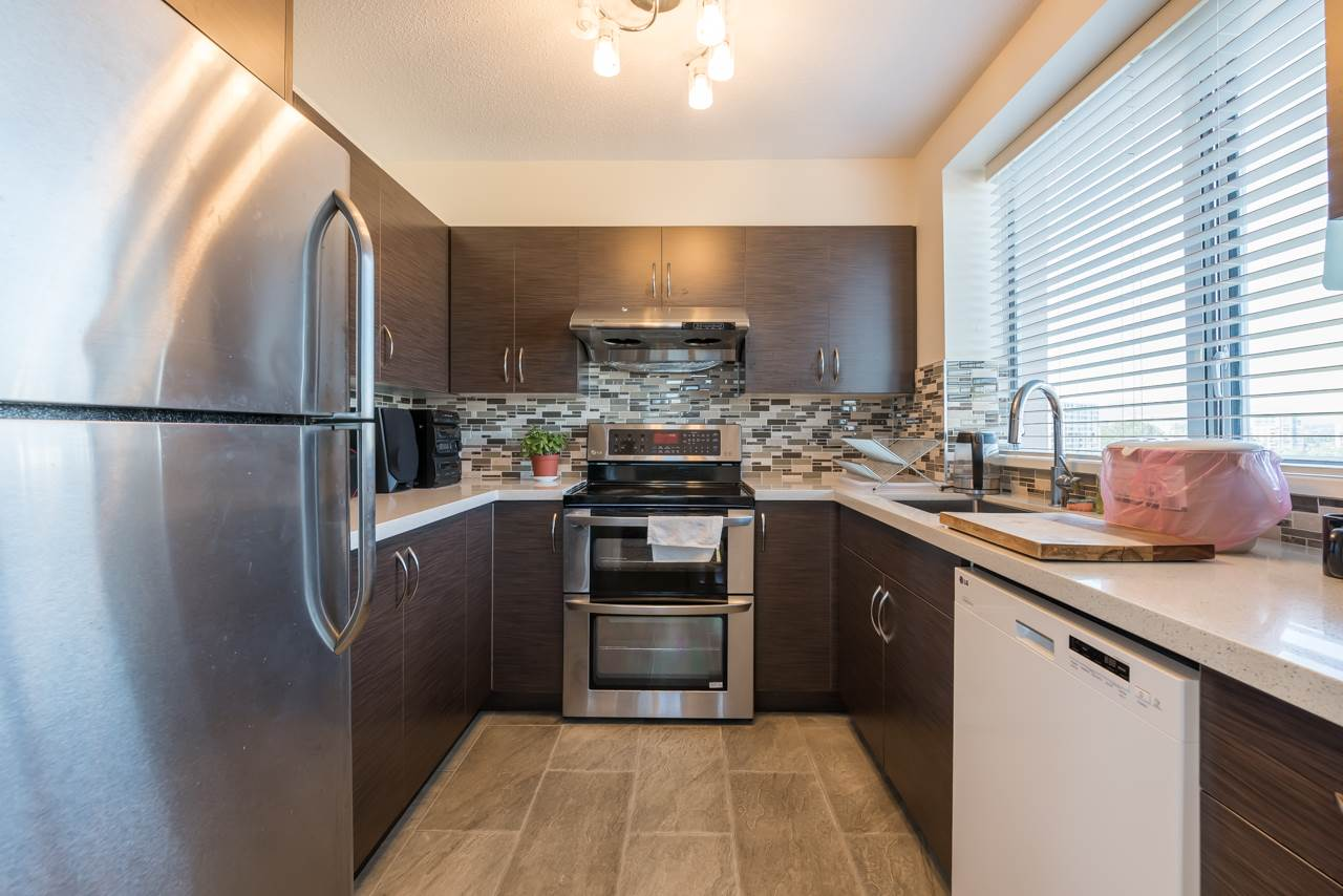 Condo Apartment at 1200 7760 GRANVILLE AVENUE, Unit 1200, Richmond, British Columbia. Image 9