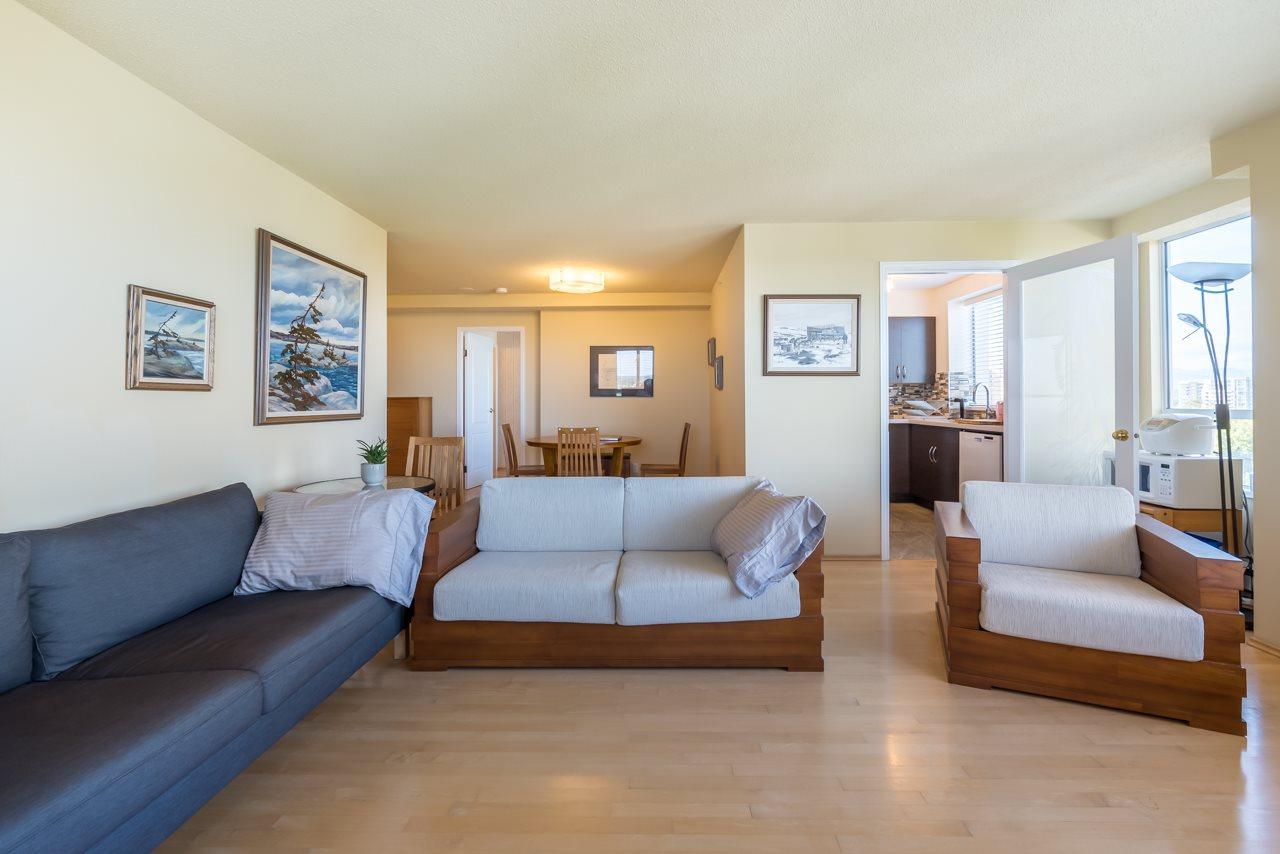 Condo Apartment at 1200 7760 GRANVILLE AVENUE, Unit 1200, Richmond, British Columbia. Image 11