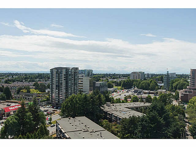 Condo Apartment at 1802 8333 ANDERSON ROAD, Unit 1802, Richmond, British Columbia. Image 18