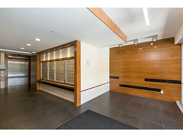 Condo Apartment at 1802 8333 ANDERSON ROAD, Unit 1802, Richmond, British Columbia. Image 19