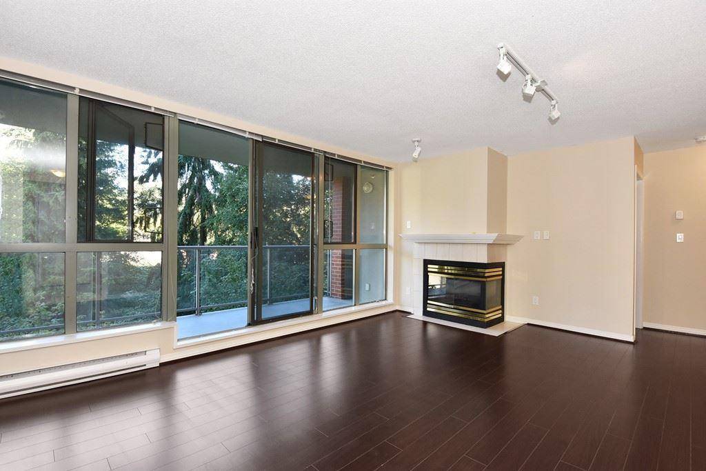 Condo Apartment at 302 5657 HAMPTON PLACE, Unit 302, Vancouver West, British Columbia. Image 2