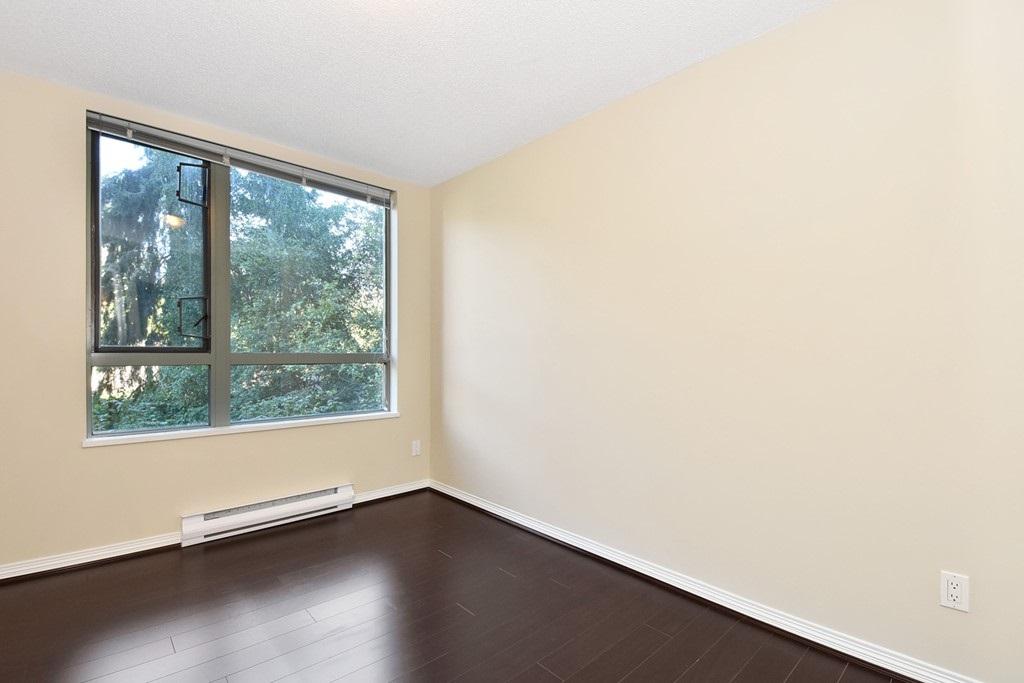 Condo Apartment at 302 5657 HAMPTON PLACE, Unit 302, Vancouver West, British Columbia. Image 10
