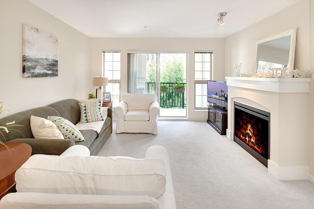 Condo Apartment at 408 2958 SILVER SPRINGS BOULEVARD, Unit 408, Coquitlam, British Columbia. Image 2