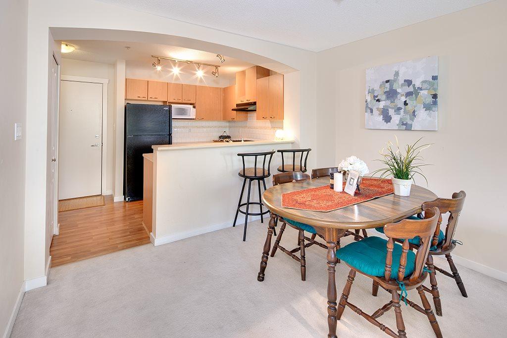 Condo Apartment at 408 2958 SILVER SPRINGS BOULEVARD, Unit 408, Coquitlam, British Columbia. Image 4