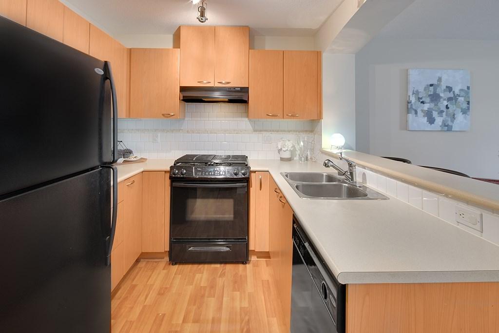 Condo Apartment at 408 2958 SILVER SPRINGS BOULEVARD, Unit 408, Coquitlam, British Columbia. Image 6