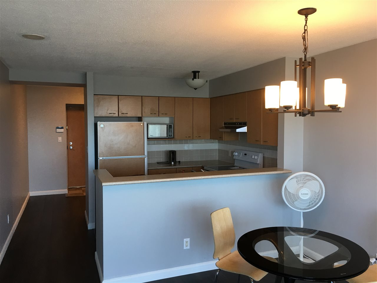 Condo Apartment at 2103 6088 WILLINGDON AVENUE, Unit 2103, Burnaby South, British Columbia. Image 7