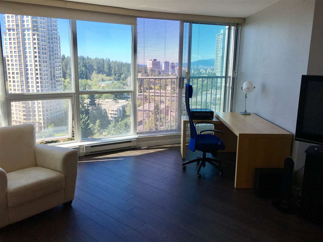 Condo Apartment at 2103 6088 WILLINGDON AVENUE, Unit 2103, Burnaby South, British Columbia. Image 11
