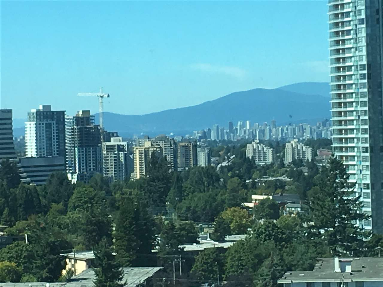 Condo Apartment at 2103 6088 WILLINGDON AVENUE, Unit 2103, Burnaby South, British Columbia. Image 15