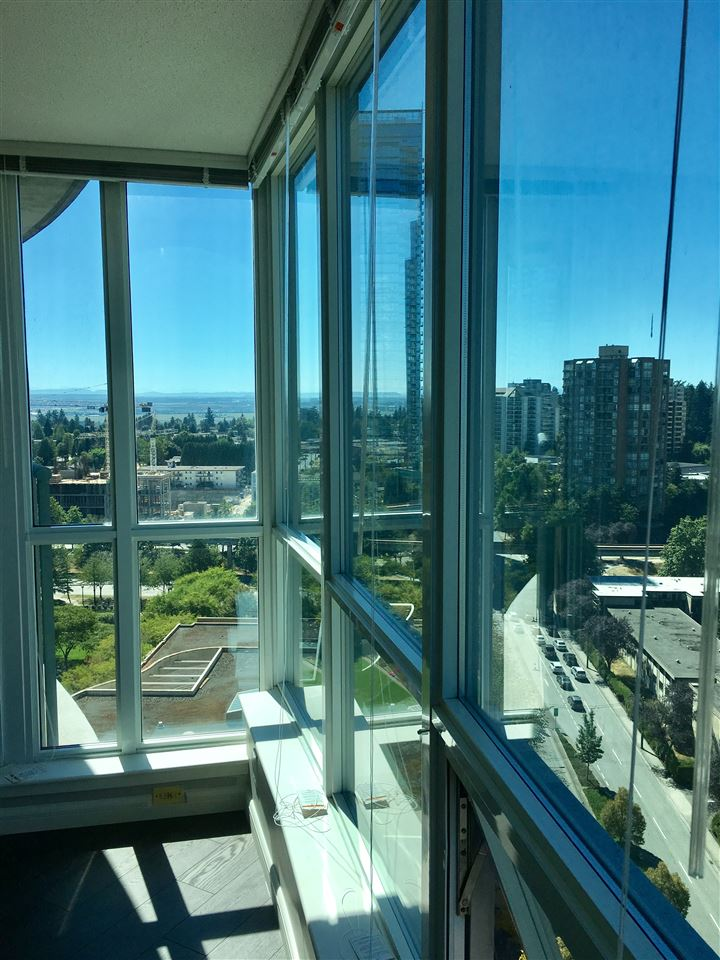 Condo Apartment at 2103 6088 WILLINGDON AVENUE, Unit 2103, Burnaby South, British Columbia. Image 18