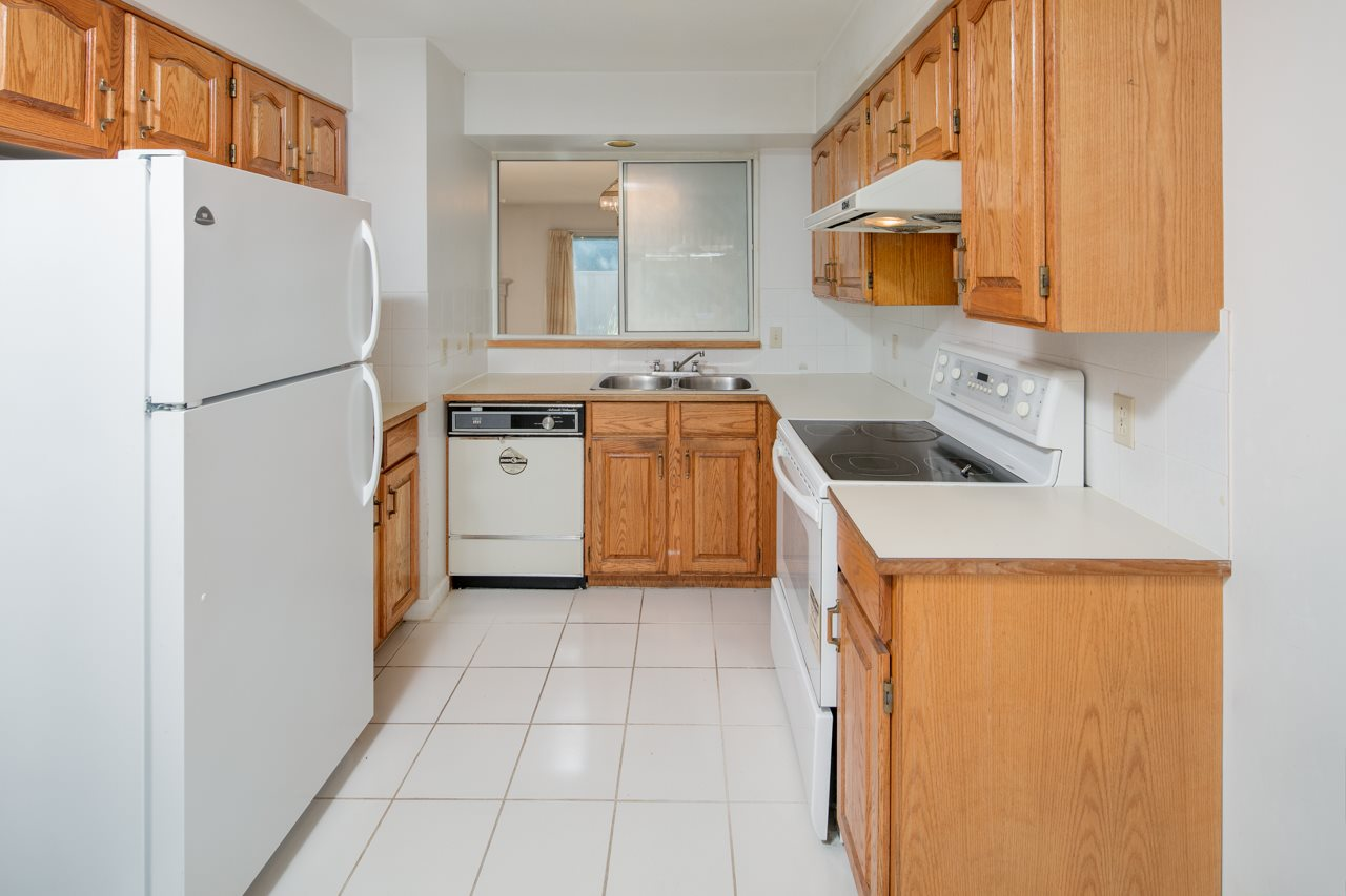 Townhouse at 2 7600 GILBERT ROAD, Unit 2, Richmond, British Columbia. Image 10