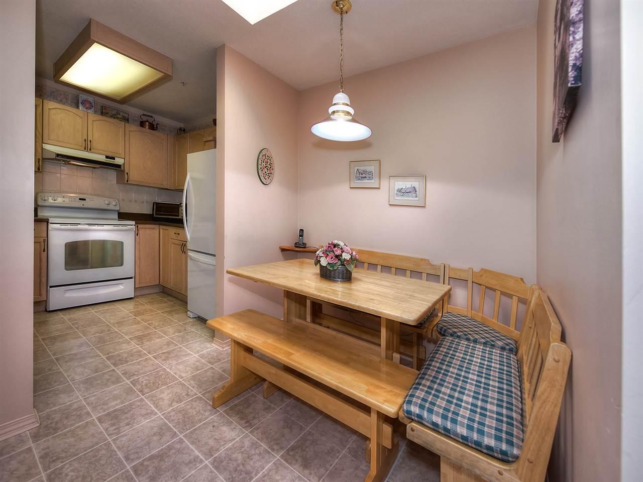 Condo Apartment at 301 1172 55 STREET, Unit 301, Tsawwassen, British Columbia. Image 8