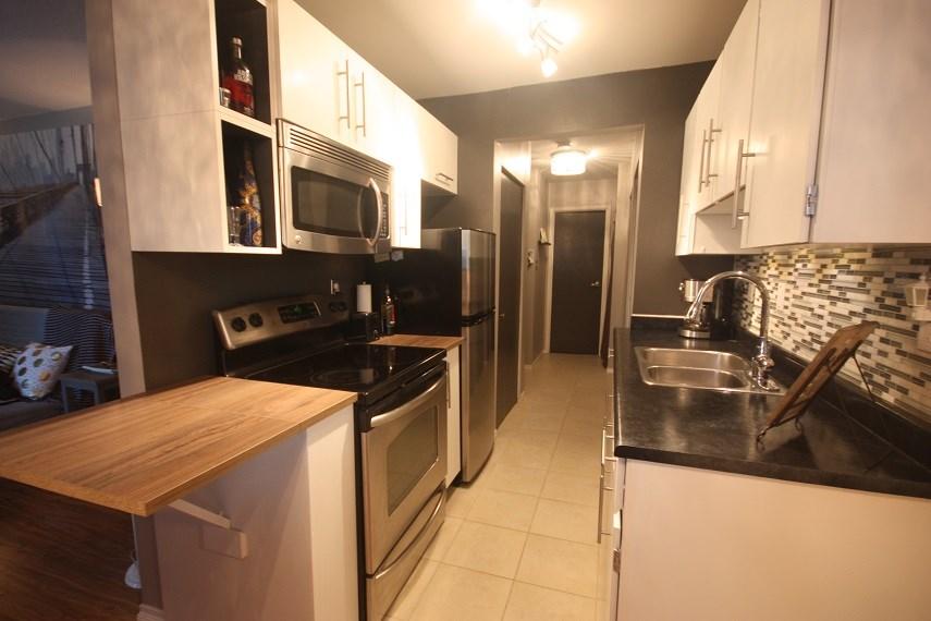 Condo Apartment at 315 2245 WILSON AVENUE, Unit 315, Port Coquitlam, British Columbia. Image 2