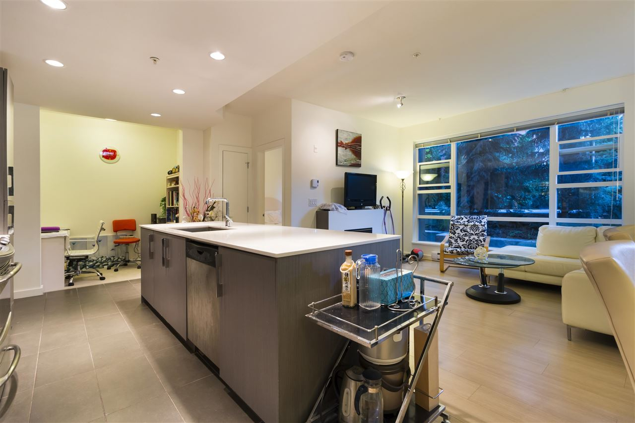 Condo Apartment at 105 3479 WESBROOK MALL, Unit 105, Vancouver West, British Columbia. Image 6