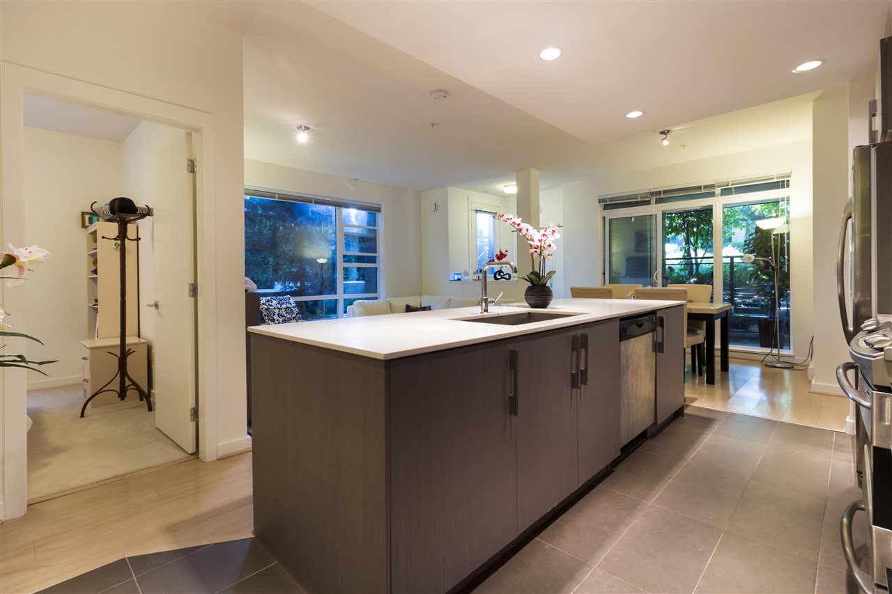 Condo Apartment at 105 3479 WESBROOK MALL, Unit 105, Vancouver West, British Columbia. Image 7