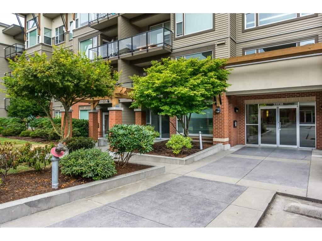 Condo Apartment at 104 33538 MARSHALL ROAD, Unit 104, Abbotsford, British Columbia. Image 2