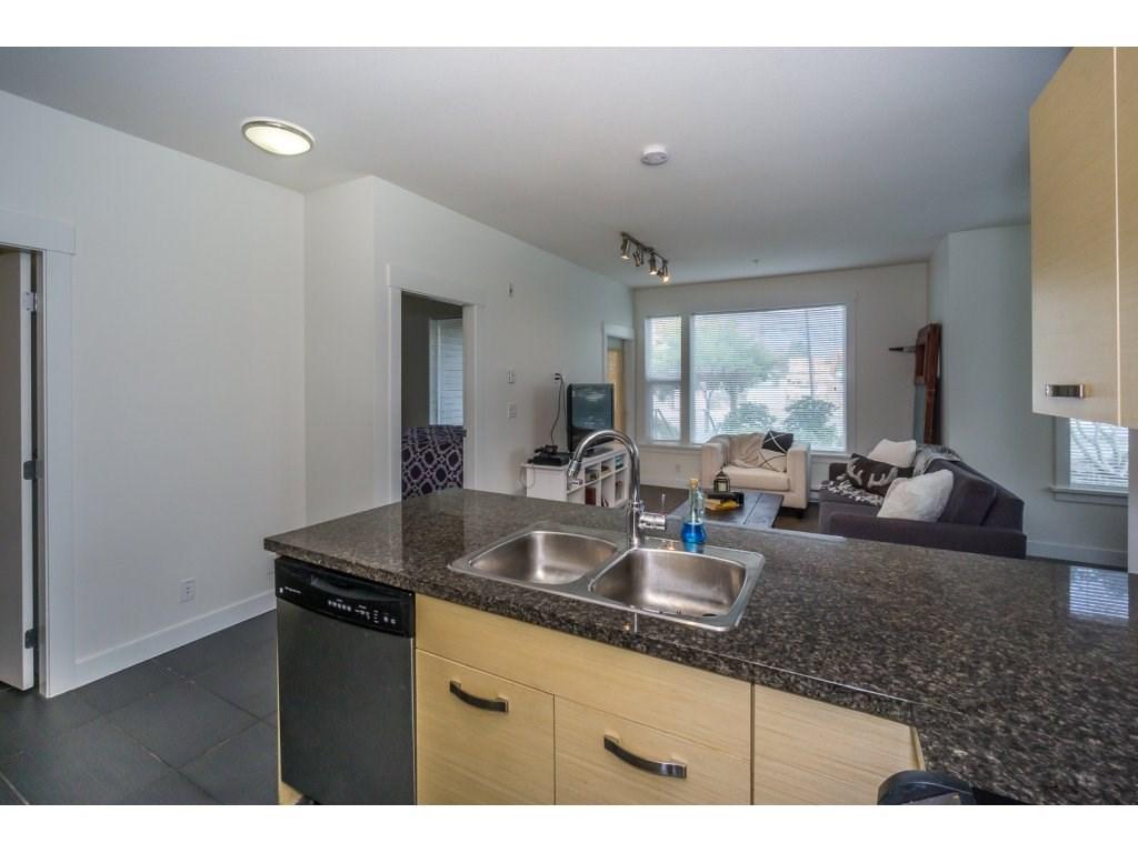 Condo Apartment at 104 33538 MARSHALL ROAD, Unit 104, Abbotsford, British Columbia. Image 6
