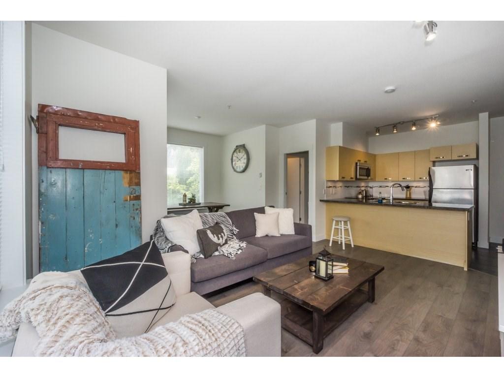 Condo Apartment at 104 33538 MARSHALL ROAD, Unit 104, Abbotsford, British Columbia. Image 10