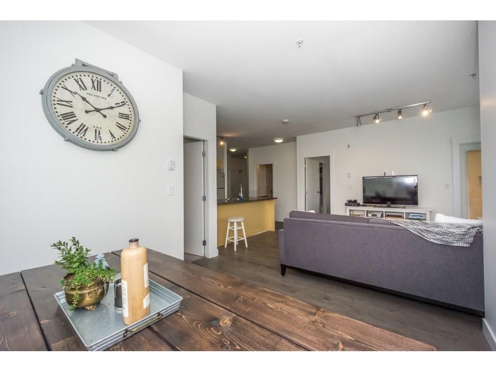 Condo Apartment at 104 33538 MARSHALL ROAD, Unit 104, Abbotsford, British Columbia. Image 12