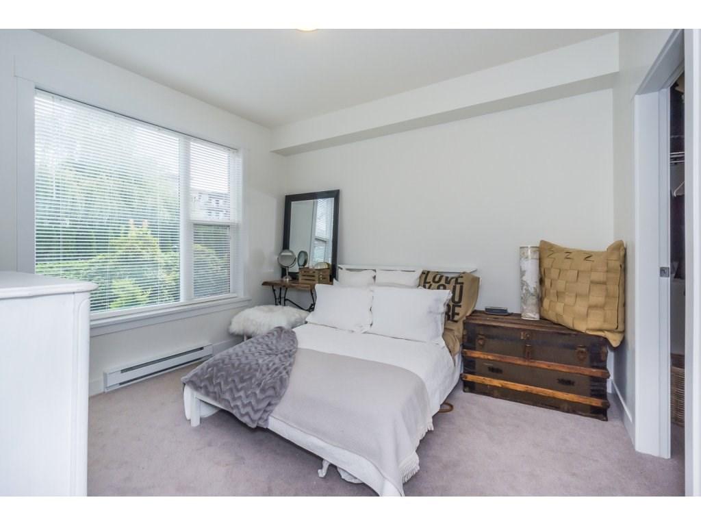 Condo Apartment at 104 33538 MARSHALL ROAD, Unit 104, Abbotsford, British Columbia. Image 16