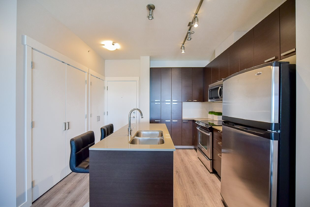Condo Apartment at 454 6758 188 STREET, Unit 454, Cloverdale, British Columbia. Image 4