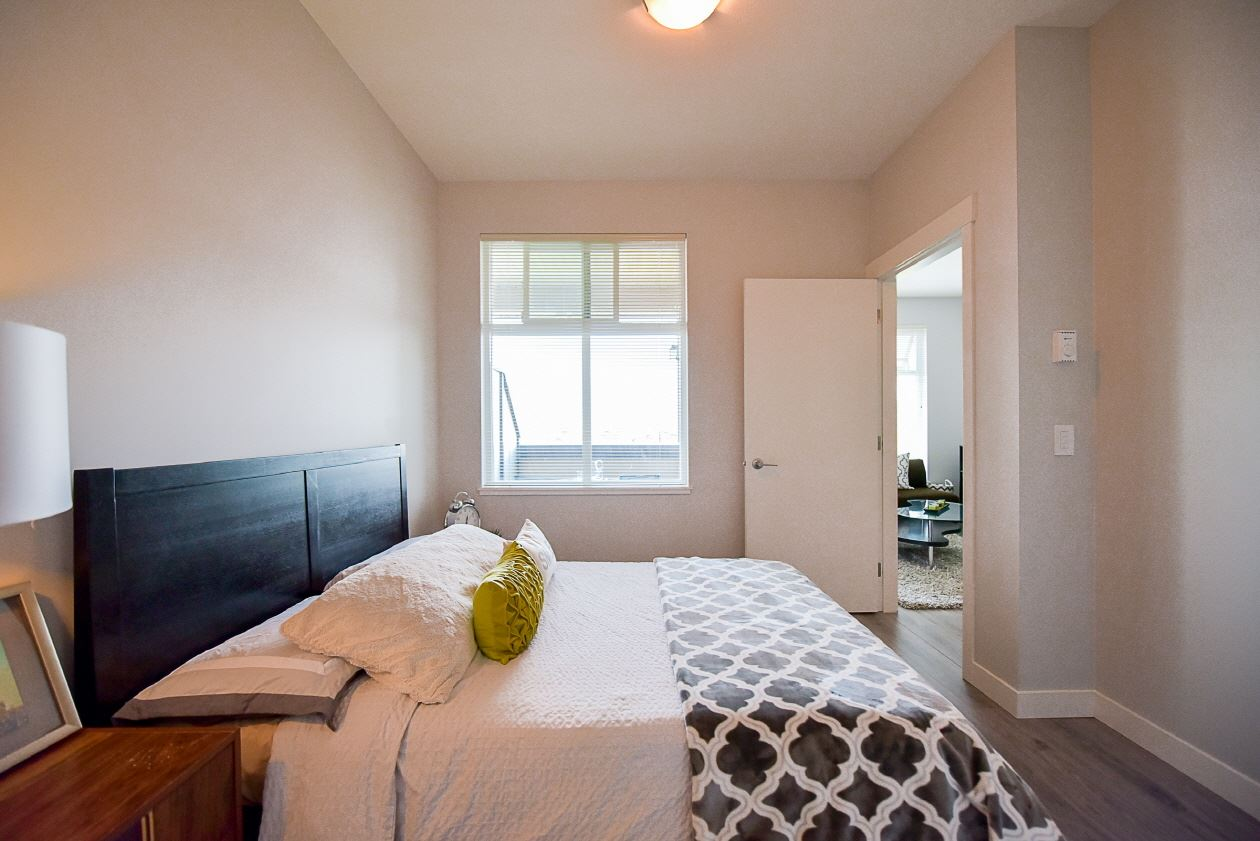 Condo Apartment at 454 6758 188 STREET, Unit 454, Cloverdale, British Columbia. Image 12