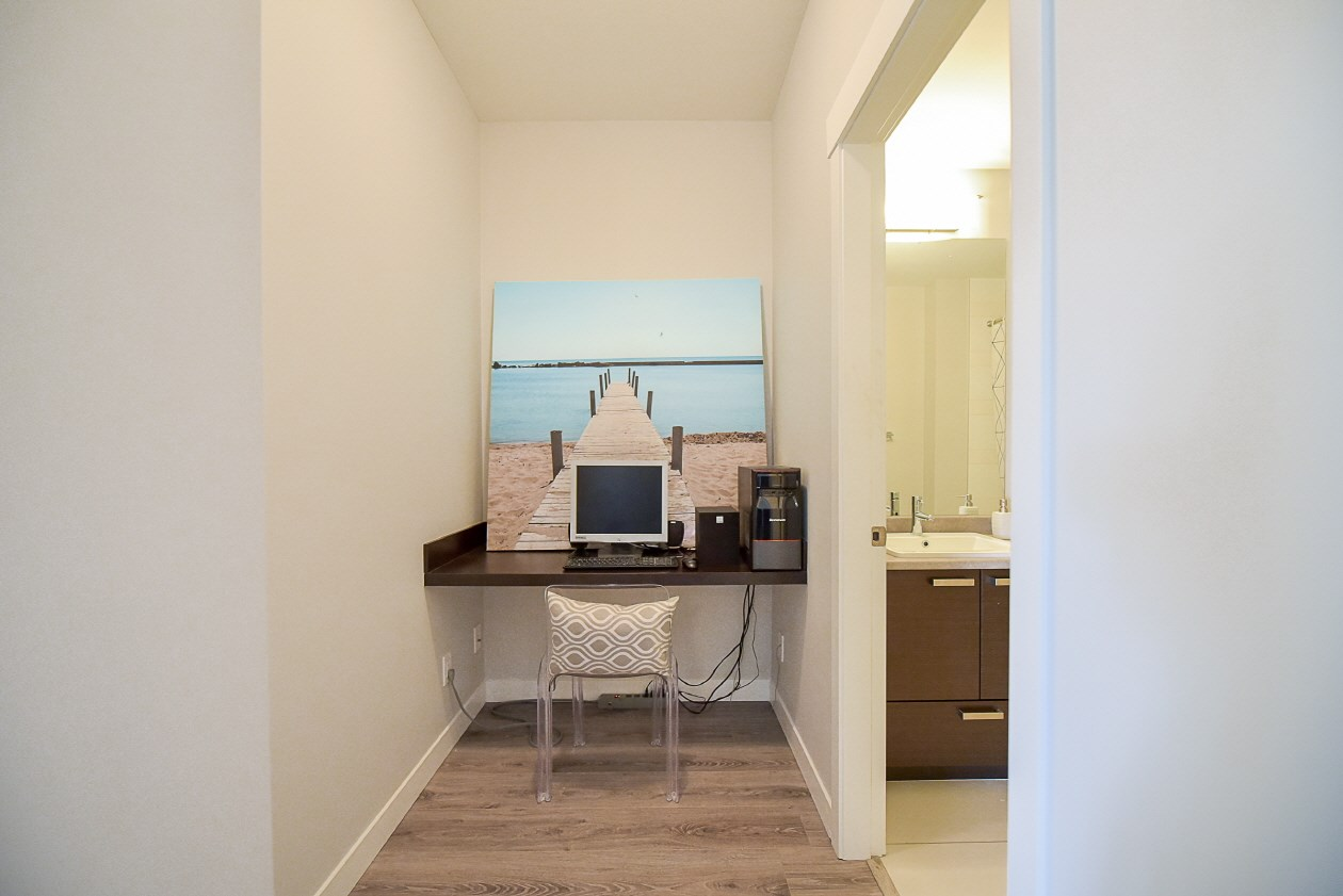 Condo Apartment at 454 6758 188 STREET, Unit 454, Cloverdale, British Columbia. Image 14