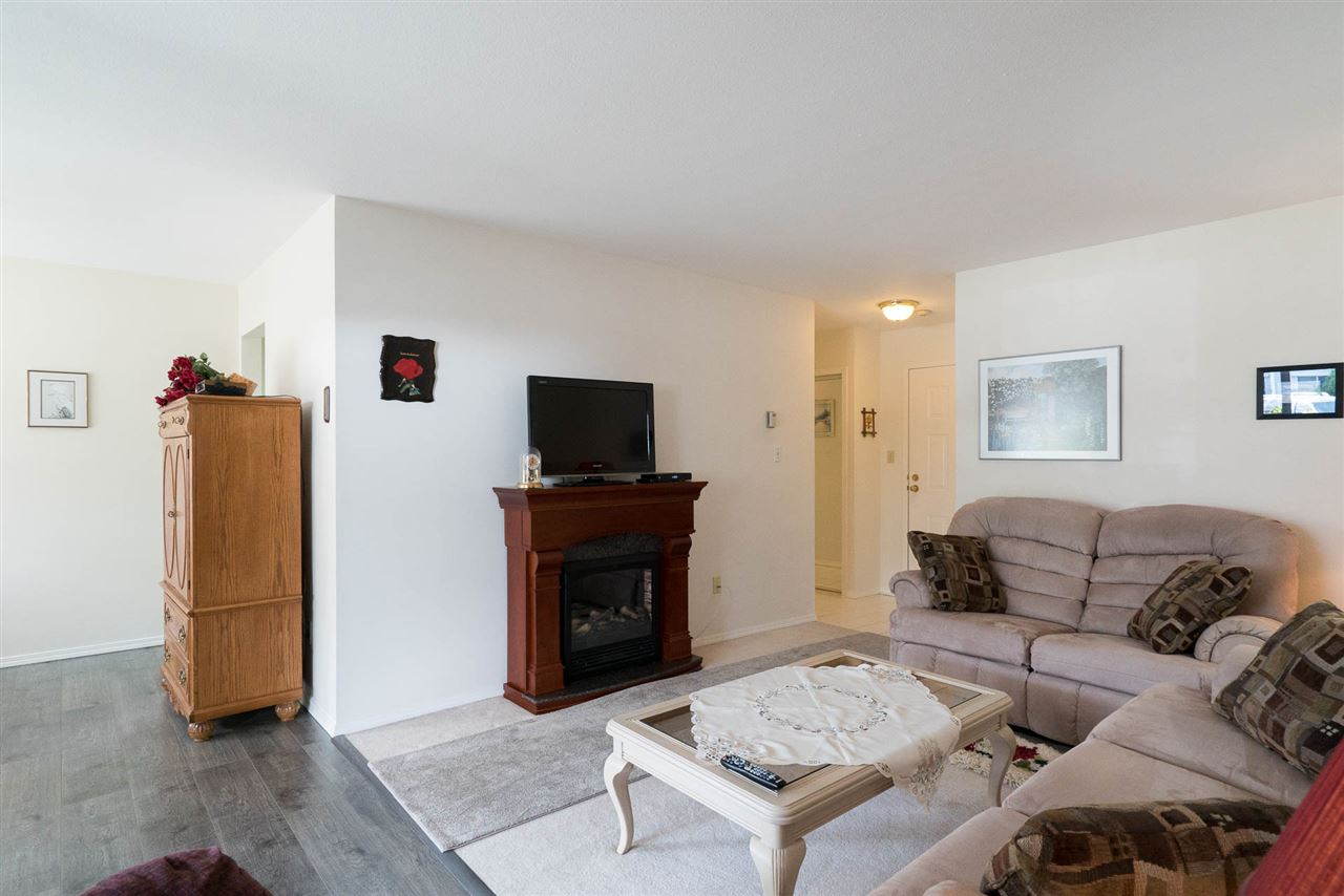 Condo Apartment at 103 32823 LANDEAU PLACE, Unit 103, Abbotsford, British Columbia. Image 3