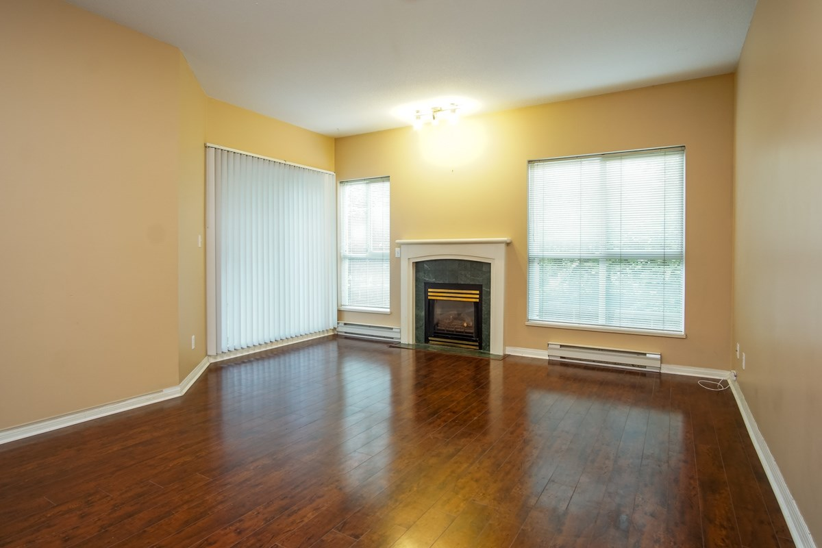 Condo Apartment at 102 13727 74 AVENUE, Unit 102, Surrey, British Columbia. Image 4