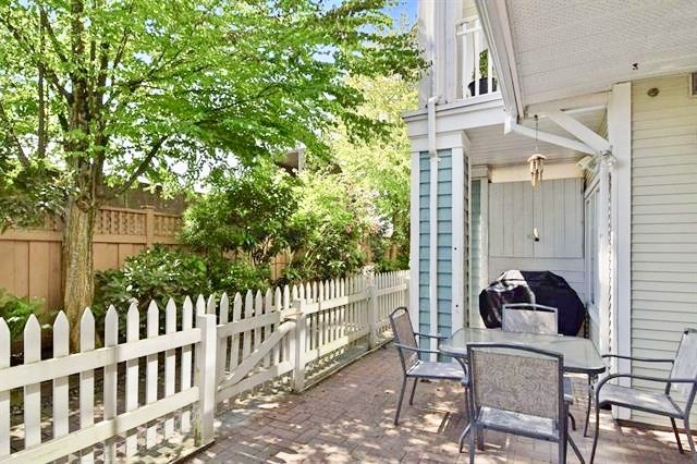 Townhouse at 8 123 SEVENTH STREET, Unit 8, New Westminster, British Columbia. Image 3