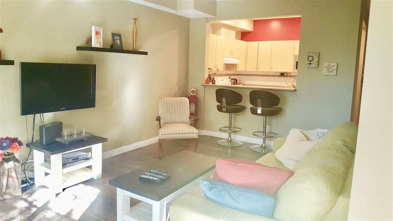 Townhouse at 8 123 SEVENTH STREET, Unit 8, New Westminster, British Columbia. Image 10