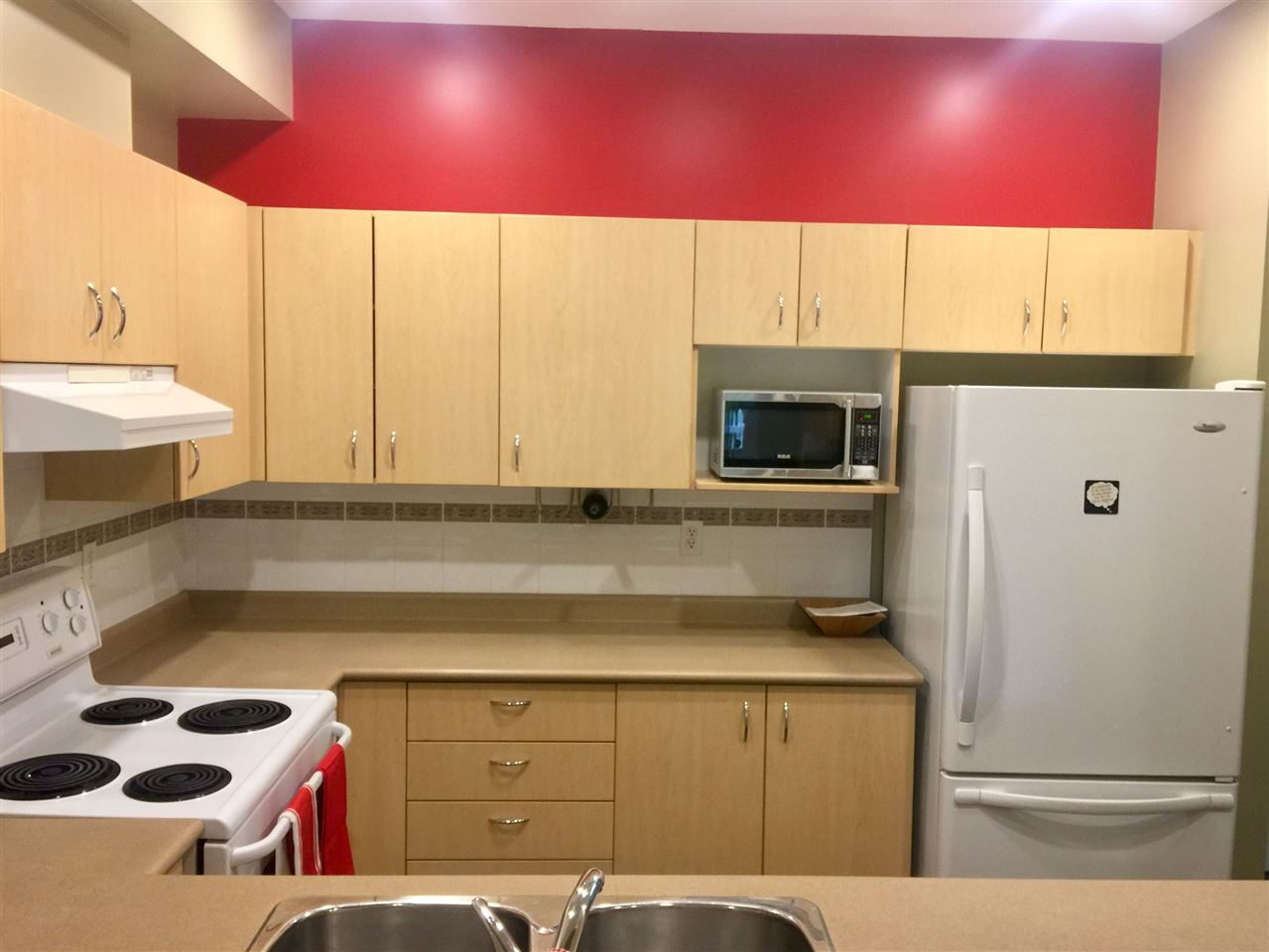 Townhouse at 8 123 SEVENTH STREET, Unit 8, New Westminster, British Columbia. Image 13