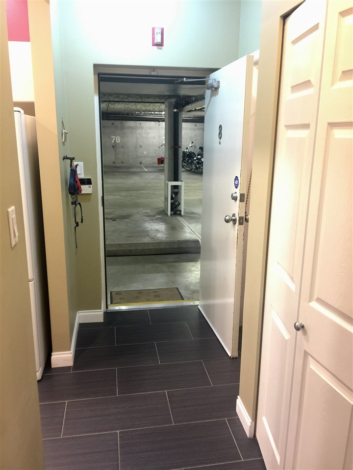 Townhouse at 8 123 SEVENTH STREET, Unit 8, New Westminster, British Columbia. Image 17