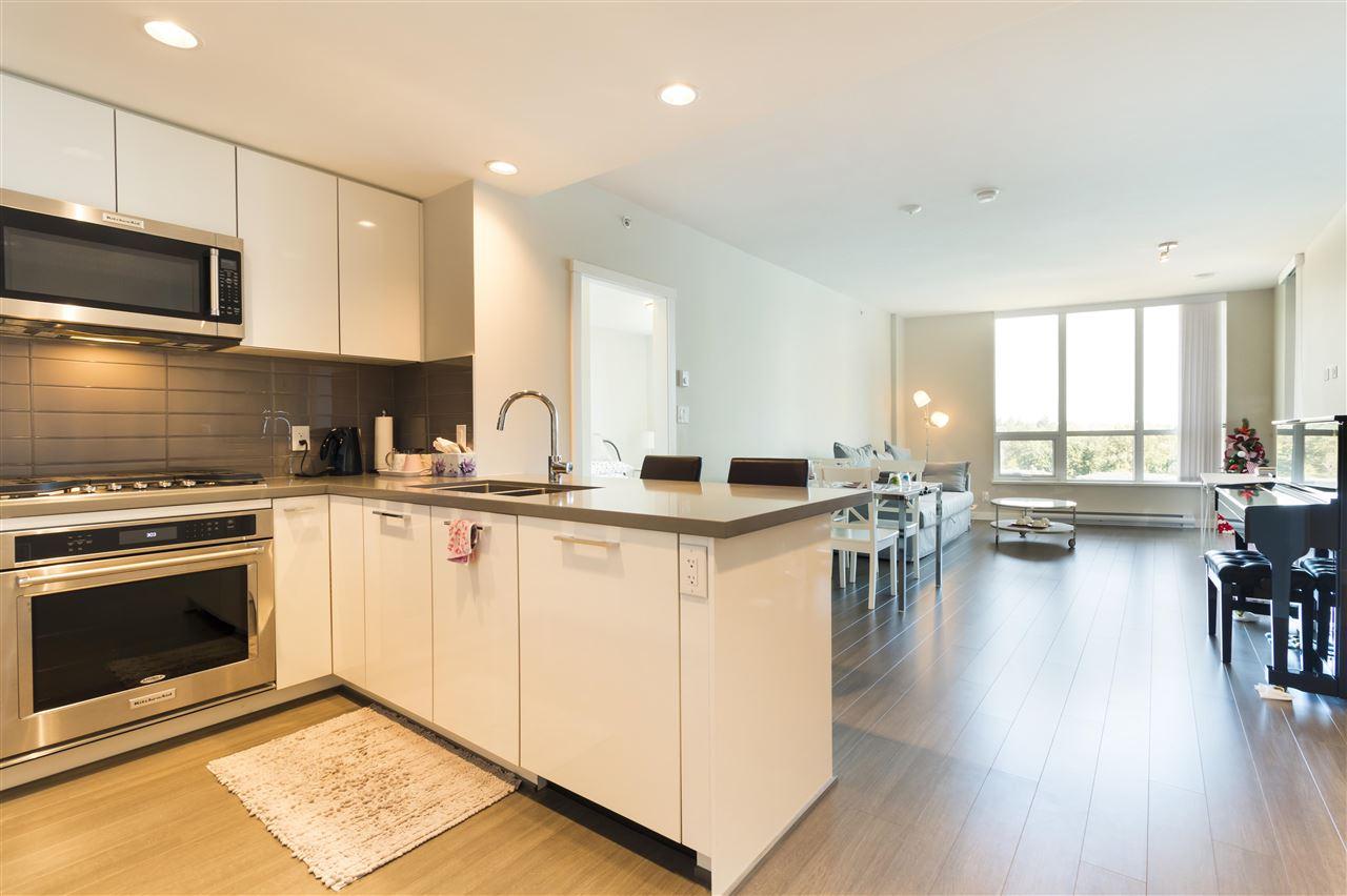 Condo Apartment at 1002 3093 WINDSOR GATE, Unit 1002, Coquitlam, British Columbia. Image 5
