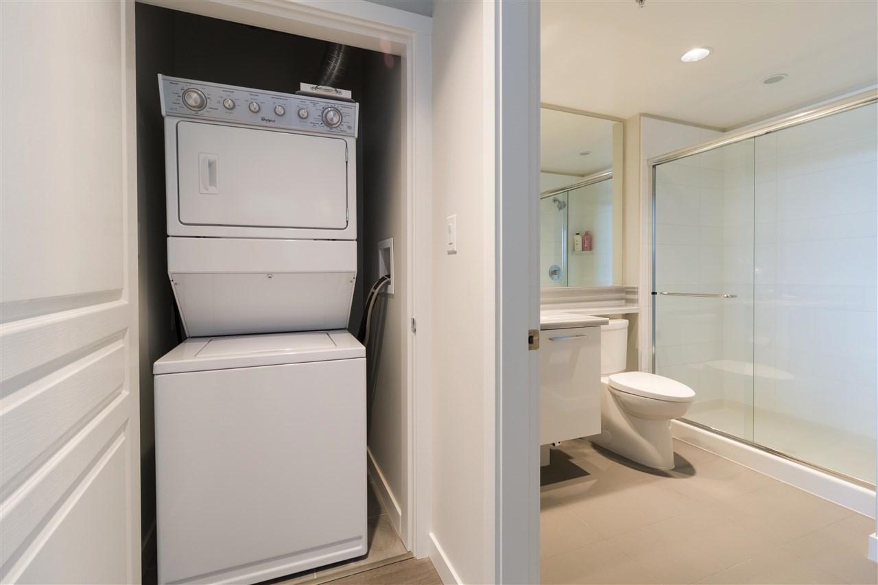 Condo Apartment at 1002 3093 WINDSOR GATE, Unit 1002, Coquitlam, British Columbia. Image 10
