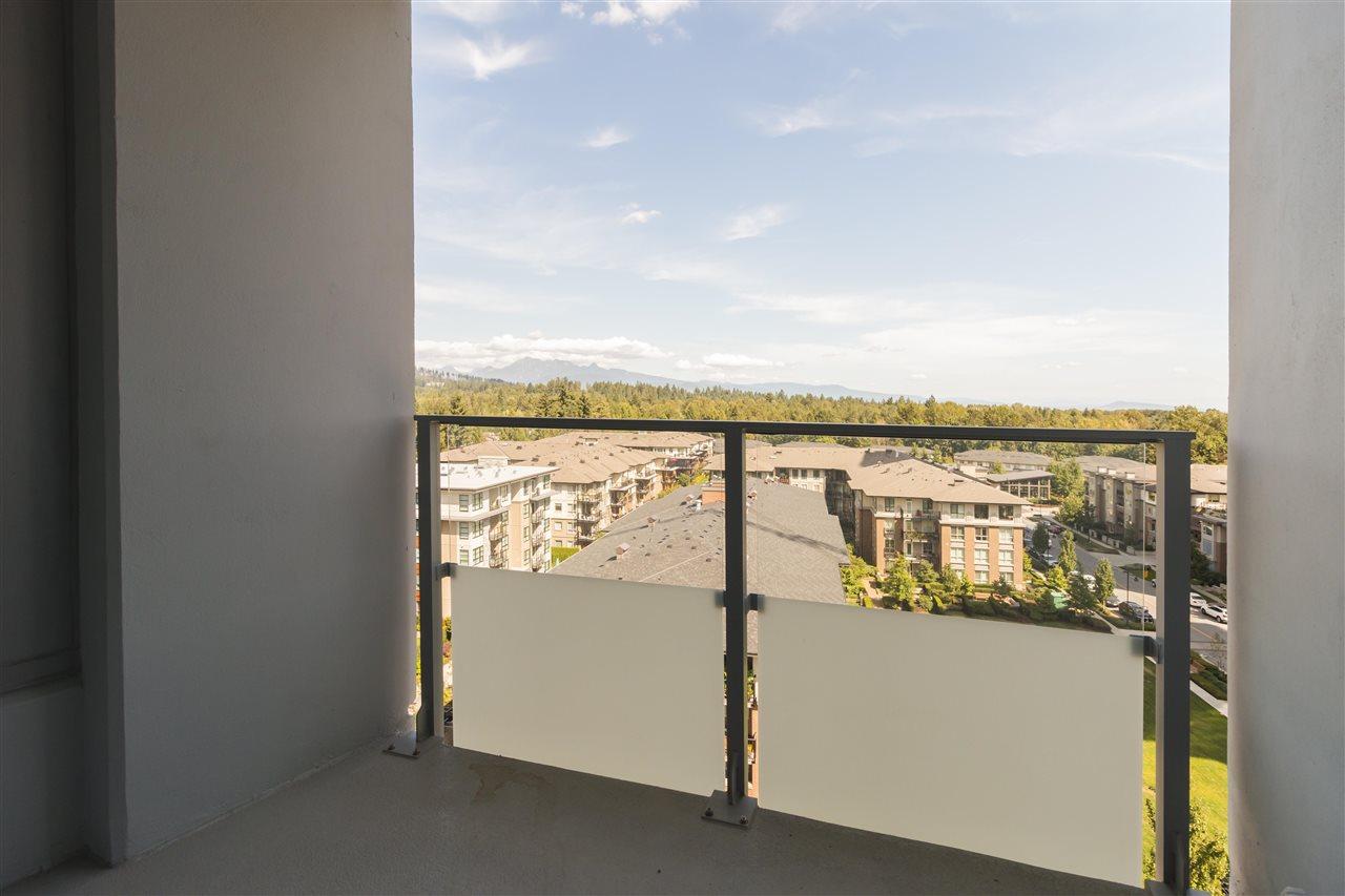 Condo Apartment at 1002 3093 WINDSOR GATE, Unit 1002, Coquitlam, British Columbia. Image 11