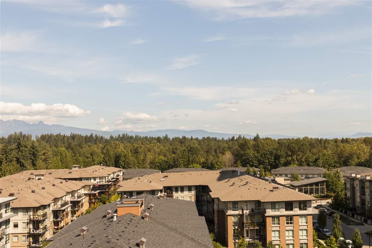 Condo Apartment at 1002 3093 WINDSOR GATE, Unit 1002, Coquitlam, British Columbia. Image 12